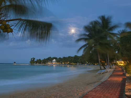 The moon rising over the bay #HalfMoon65